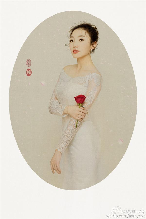 工笔画这个中国传统的艺术形式与近现代艺术摄影相结合,即以摄影的