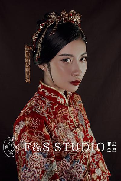 时尚中式新娘发型 流露出古典传统气息