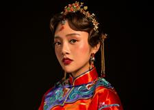 恋上中国风 奢华大气中式新娘造型