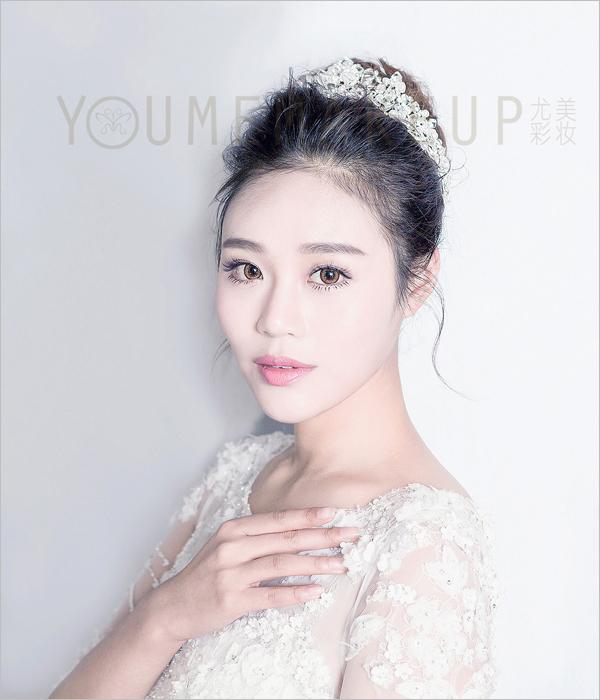 韩式小清新新娘发型 展现清纯可爱的美(3)_妆面赏析