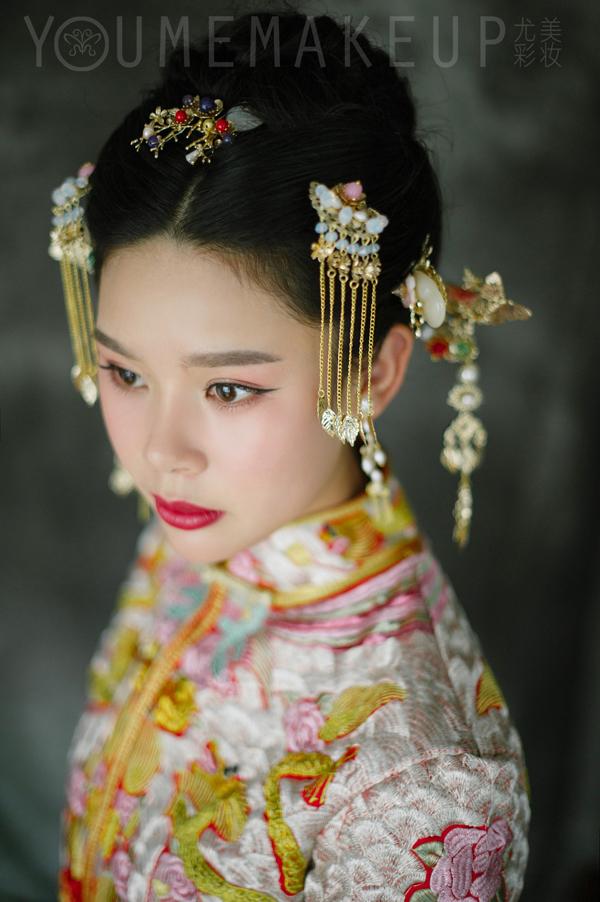 经典中式新娘造型 展现最美中国风图片