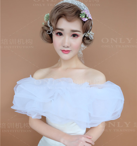 百变短发新娘造型 化妆造型