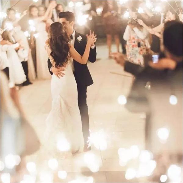 胶片拍的婚纱照原来可以这么唯美!