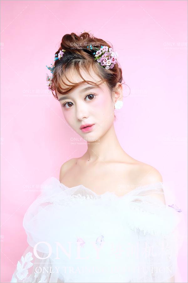 小清新韩式新娘发型 展现清纯可爱的美(3)