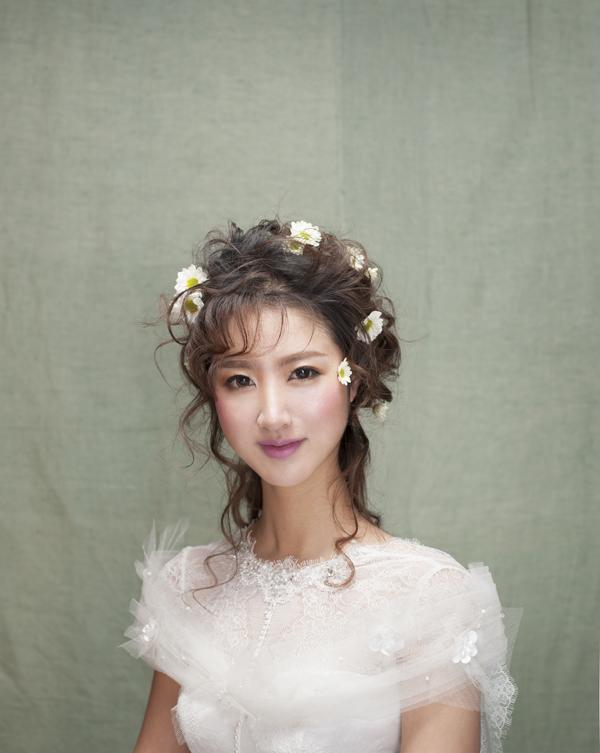 清新韩式田园风新娘造型 打造花仙子般精致形象图片