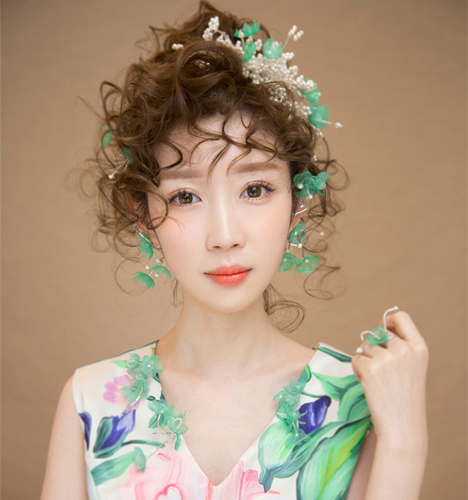 清新淡雅 化妆造型