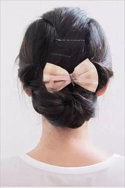 复古韩式新娘盘发发型:     渣款韩式复古新娘发型的盘法呢图片
