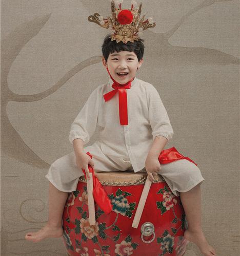 麒麟花鼓 儿童摄影