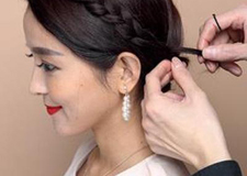 简单时尚的新娘盘发教程 清新亮丽活出精彩