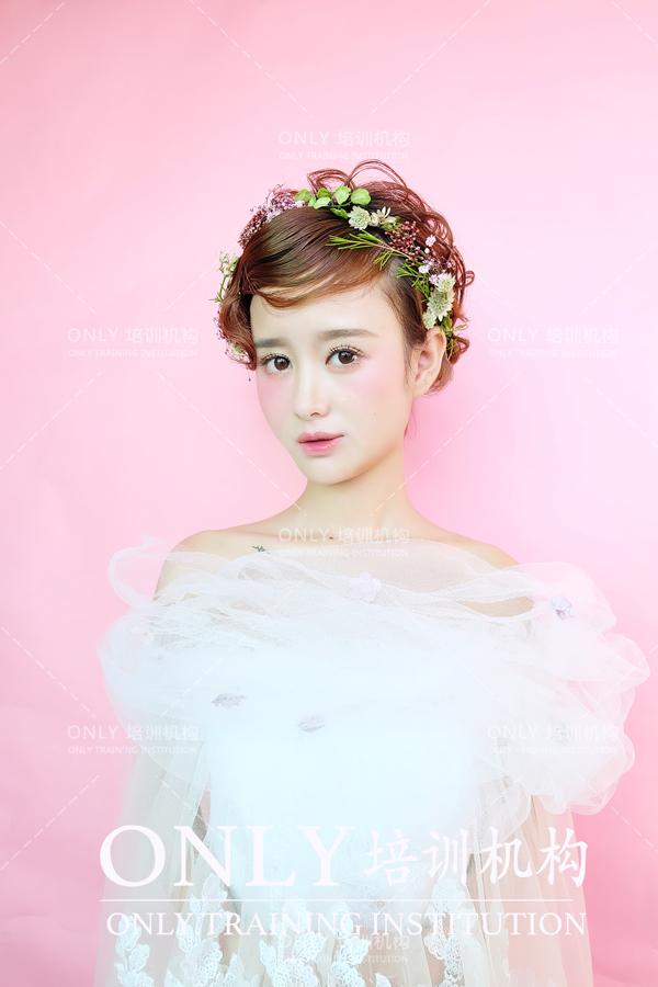 韩式鲜花新娘发型图片