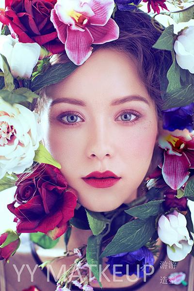 唯美鲜花饰品造型 打造清新新娘造型_妆面赏析_影楼图片