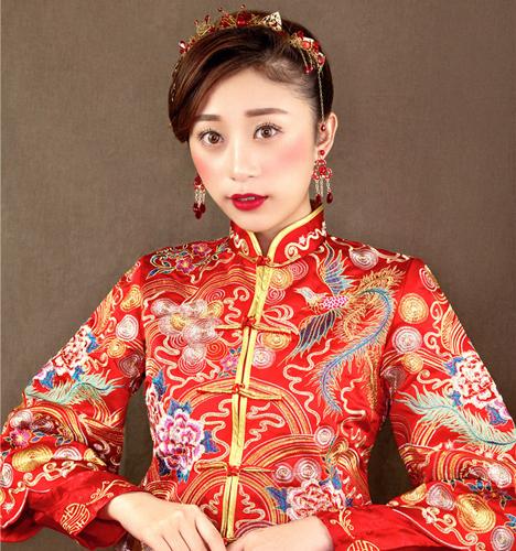 中式新娘精致盘发造型 化妆造型