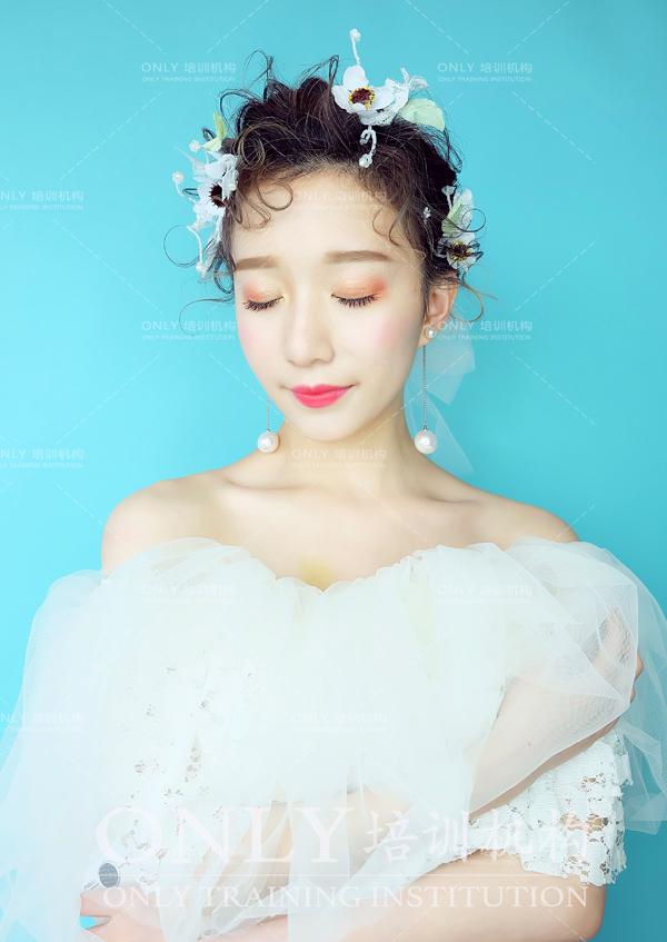 2017最新短发新娘造型欣赏