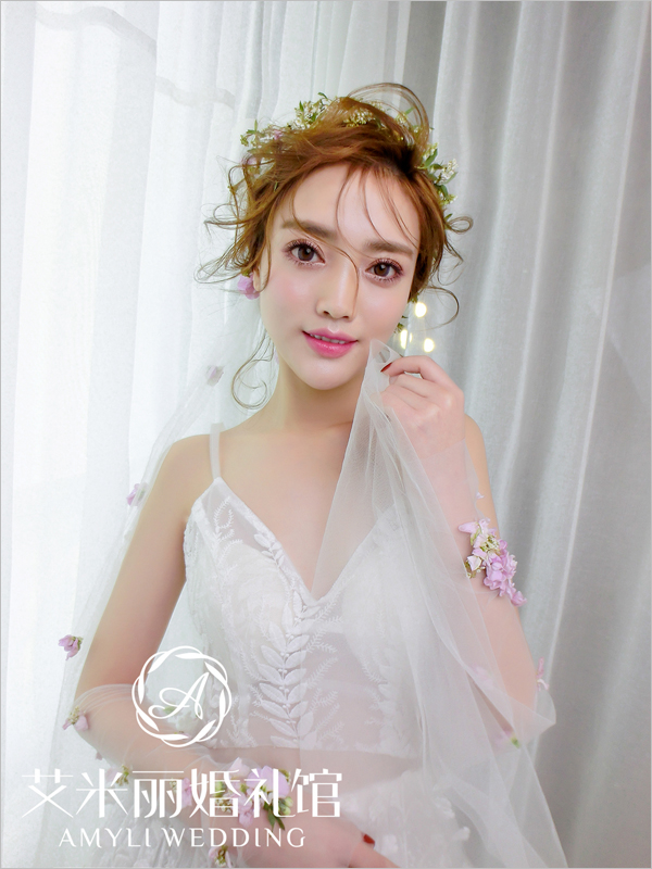 2017最新新娘头纱造型 打造迷人仙女气质