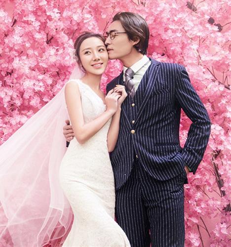 粉红色的故事 婚纱照
