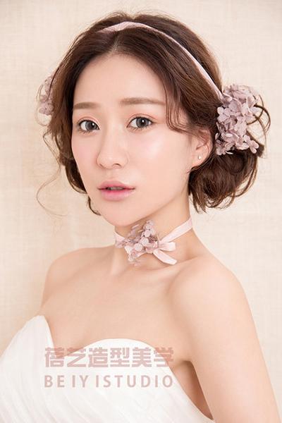 美人如花 鲜花新娘造型欣赏_妆面赏析_影楼化妆_黑光图片