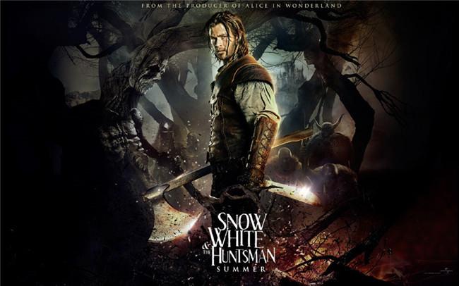 奇幻冒险电影《白雪公主与猎人》海报设计