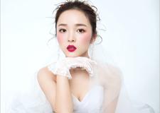 新娘造型欣赏 净若清荷尘不染色如白云美若仙