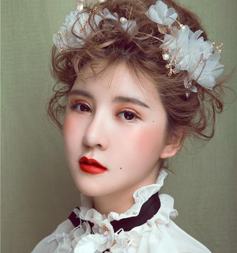 短发新娘造型 化妆造型