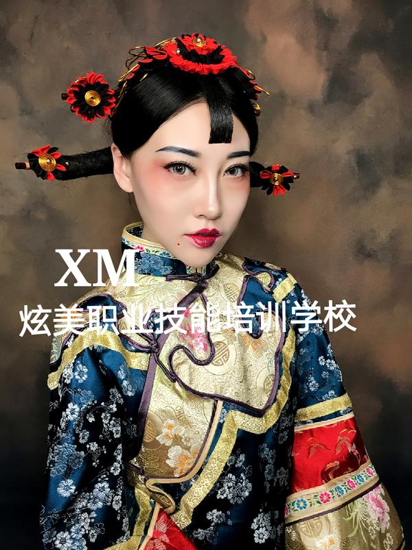 经典的清朝女子造型欣赏图片