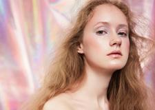 最新影樓資訊新聞-夏季色彩斑斕的妝容造型