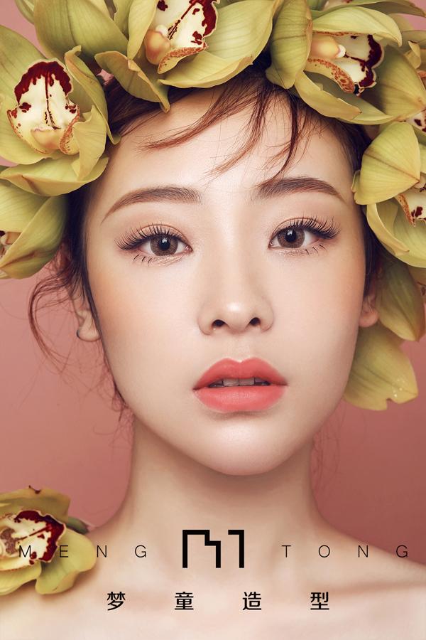 森系少女 鲜花抽丝发新娘造型_妆面赏析_影楼化妆_网图片