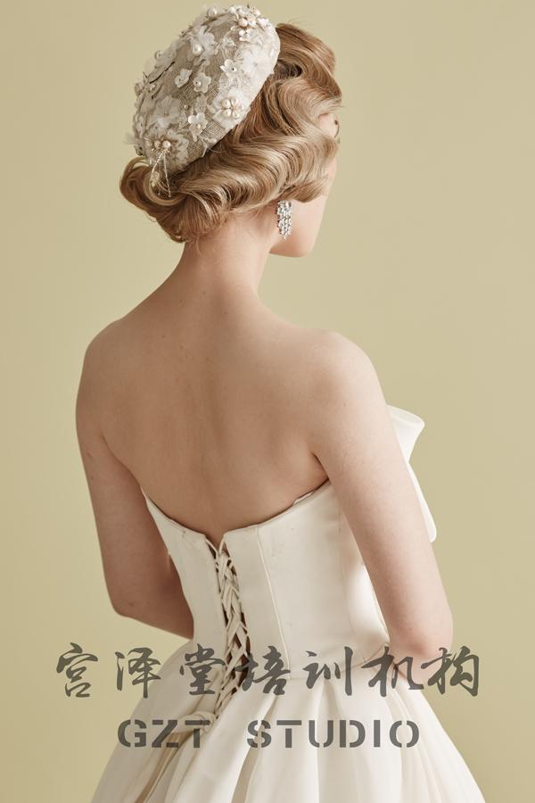 欧式复古新娘造型 尽显优雅名媛气质_妆面赏析_影楼图片