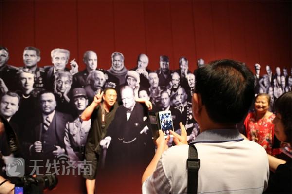 惊艳!世界顶级人像摄影大师卡什百余幅原作亮相济南