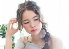 层次感森系侧编发新娘发型教程 秒变仙气十足的新娘