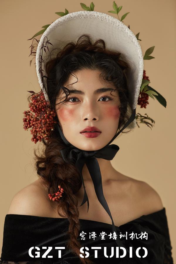 欧式复古新娘造型欣赏(2)_妆面赏析_影楼化妆_黑光网