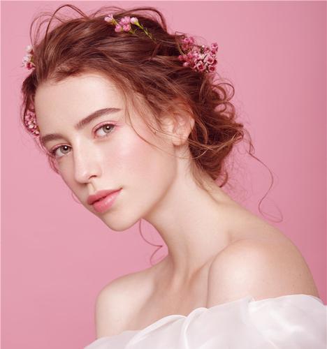 减龄新娘妆容 化妆造型