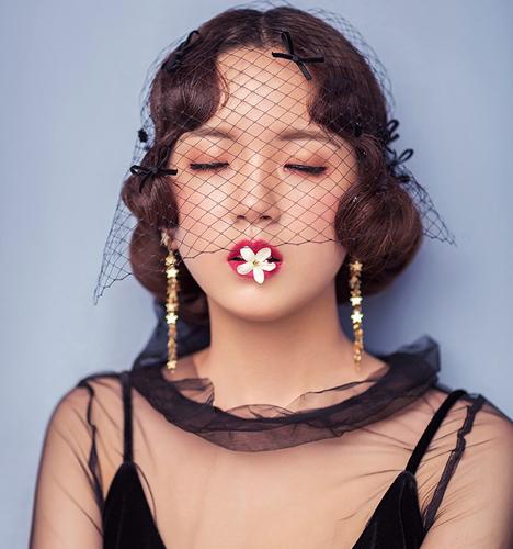 娜奈尔.莫扎特的姐姐 化妆造型