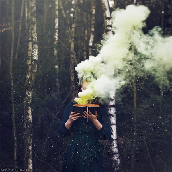 年轻女摄影师Katharina Jung的幻想世界