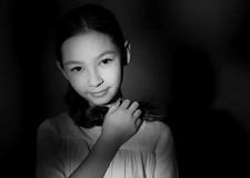摄影构图技巧 低调氛围里的光影空间