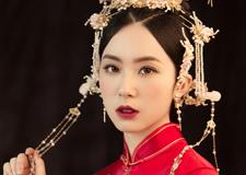 同一个新娘演绎不同风格的妆面造型