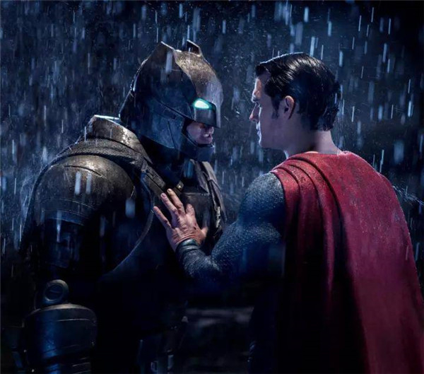《正义联盟》《雷神3》同场竞技,为何DC总是玩不过漫威?