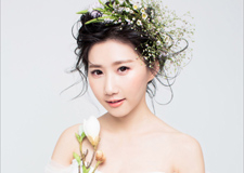 森系新娘妆容 凸显清新浪漫的气质