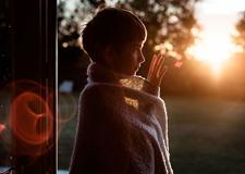 Kate Miller-Wilson的光影感齐乐娱乐