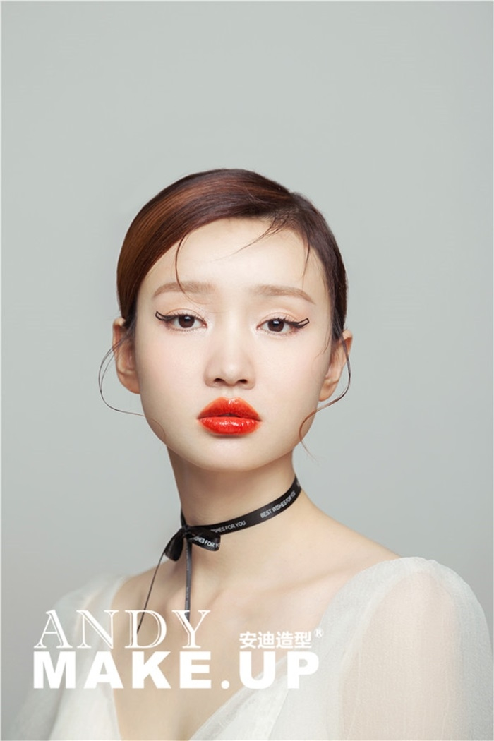 唯美短发抽丝新娘造型 化妆造型