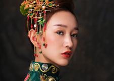 回眸一笑百媚生 中式新娘妆容造型欣赏