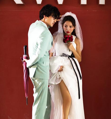 红墙外 婚纱照