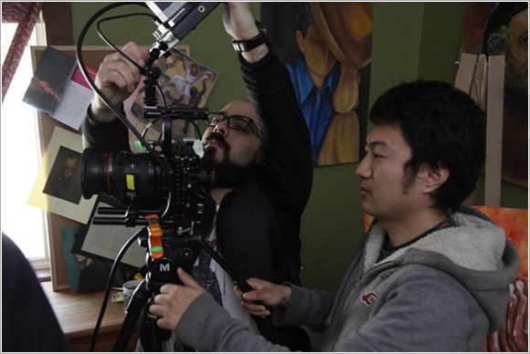 中国摄影师屡获大奖 王添翼谈中西摄影艺术