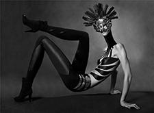 英国摄影师Ausra Osipaviciute 奇异的人像摄影作品
