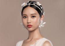 唯美精致的头饰点缀 打造精致气质的新娘造型