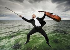 古典音乐也疯狂 丹麦Nikolaj Lund创意人像摄影
