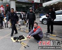广西扶绥县警方迅速侦破影楼重大盗窃案