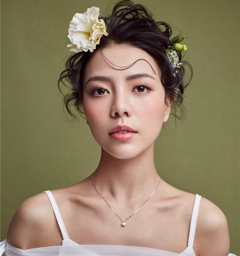 简单时尚新娘 化妆造型