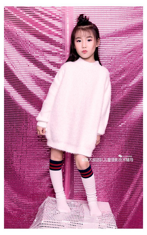 迟到的粉红色圣诞 儿童摄影