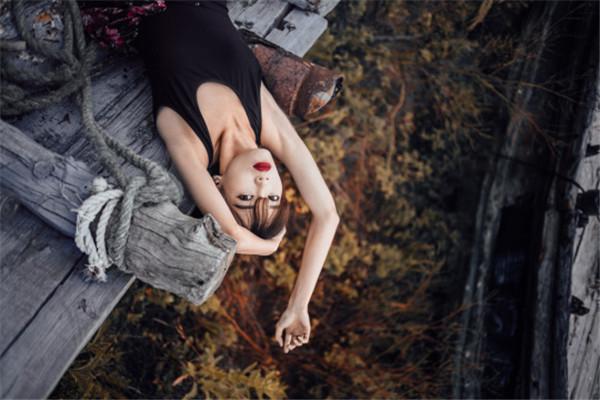 人像摄影师微澜:不小心被摄影耽误的文学硕士
