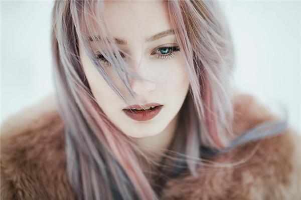 Jovana Rikalo:蓝眼唯美人像摄影作品